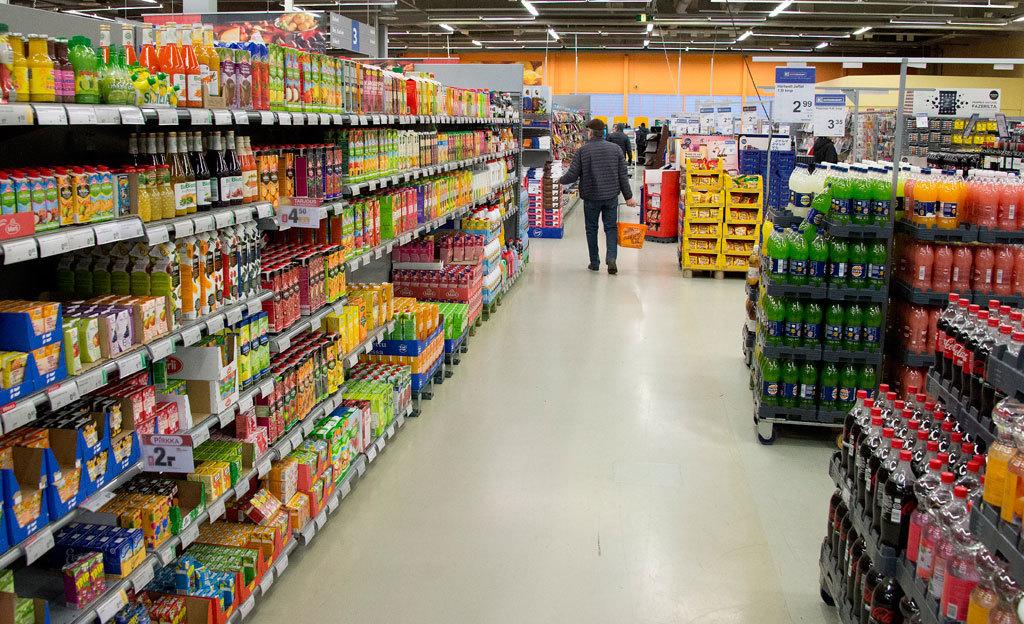 Kuka hyötyy kauppojen vapaista aukioloajoista